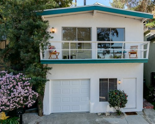 8867 Lookout Mountain Ave., Hollywood Hills, CA 90046
